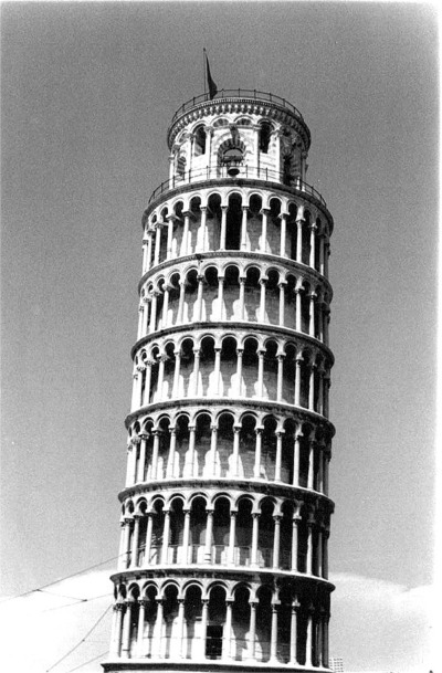 it pisa bw 05.jpg